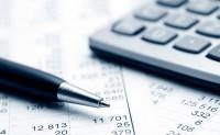Pen, figures, and Calculator